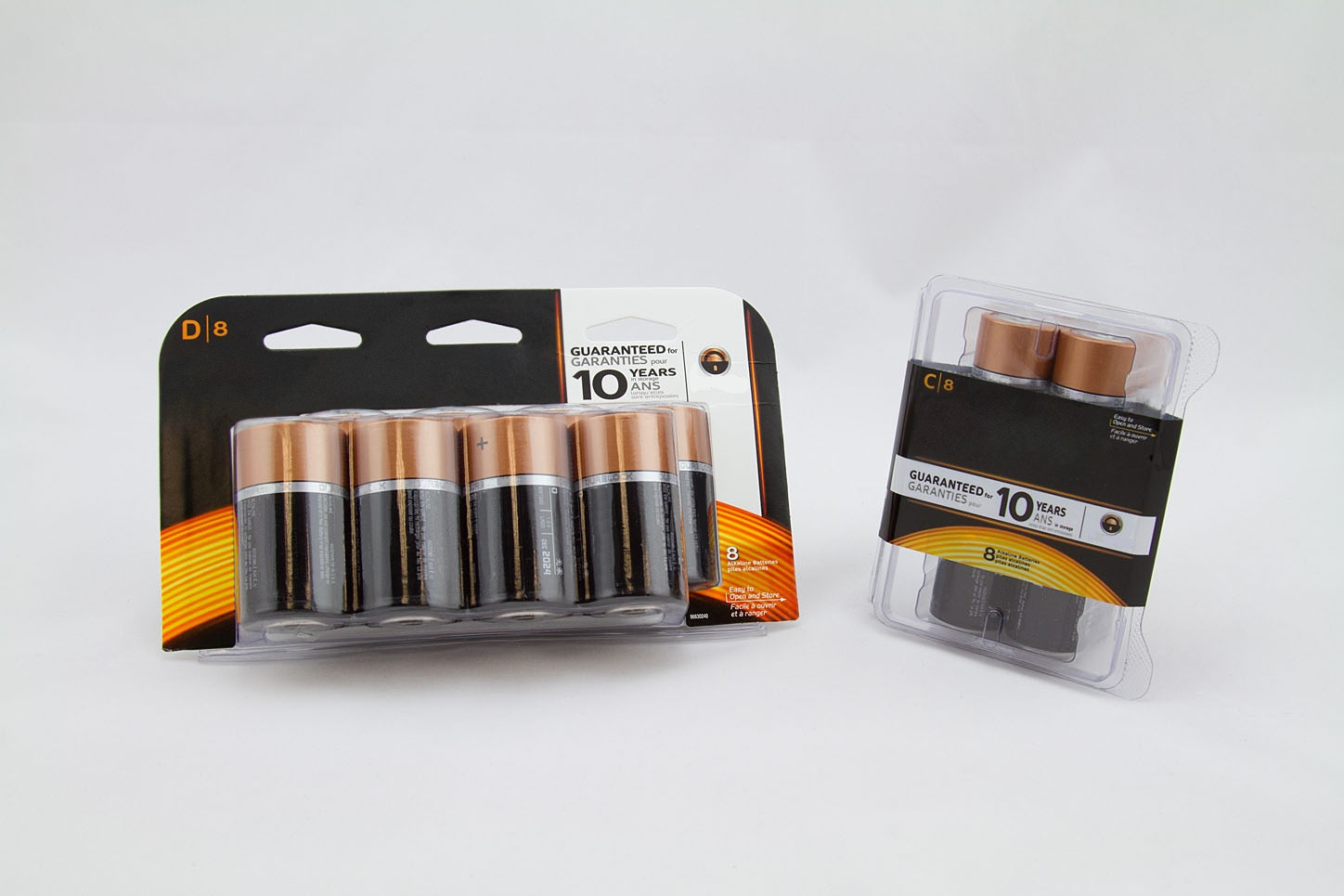 clamshell-packaging-batteries-thermoforming-deufol